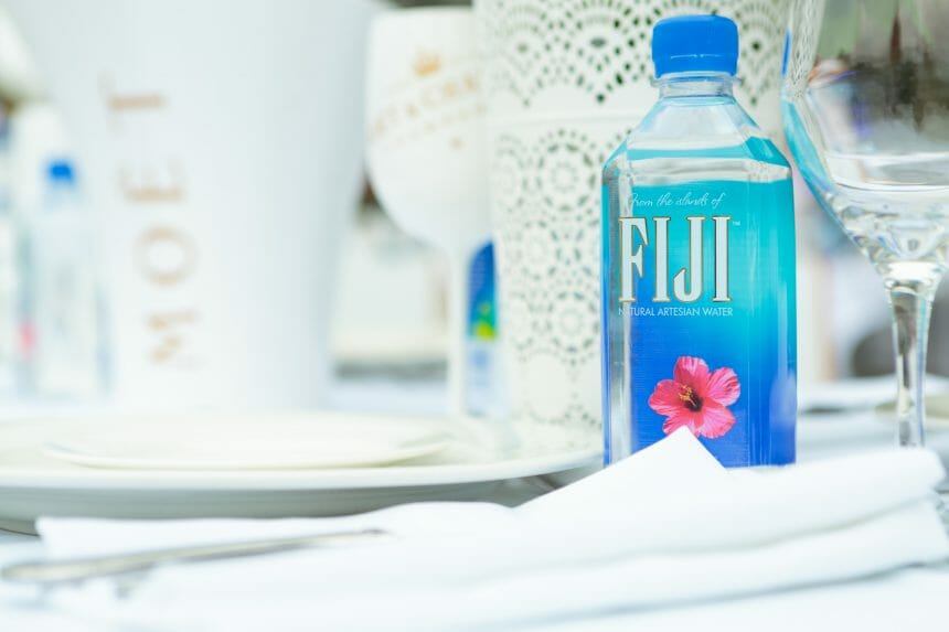FIJI Water at Dinner en Blanc